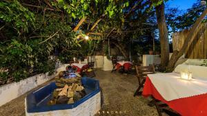 Semiramis Guesthouse, Hotely  Adamas - big - 81