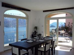 Villa Panoramica, Nyaralók  Menaggio - big - 23