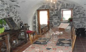 La Clé des Bois, Bed and breakfasts  Le Bourg-d'Oisans - big - 37