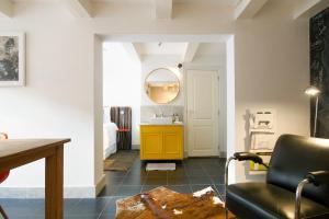 CoHo Apartment Suites