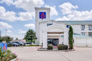 Motel 6-Katy, TX - Houston