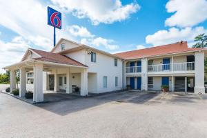 Motel 6 Livingston Texas - Shepherd