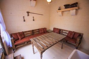 Ta Tumasa Farmhouse, Отели типа «постель и завтрак»  Надур - big - 62