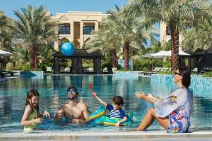 DoubleTree by Hilton Resort & Spa Marjan Island (3 of 101)