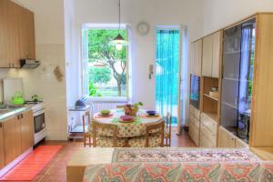 Casa Mary Levanto - AbcAlberghi.com