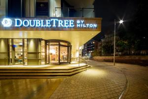 DoubleTree by Hilton Kingston upon Thames (2 of 31)