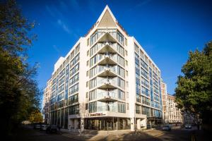 DoubleTree by Hilton Kingston upon Thames (1 of 31)