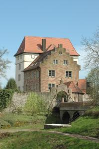 Schloss Neuburg - Fahrenbach
