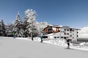 Hotel La Perla: The Leading Hotels of the World - AbcAlberghi.com