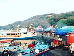 Komodo Lodge, Homestays  Labuan Bajo - big - 33
