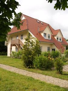 . Ferienanlage Gutshaus Gramkow