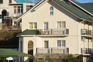 Alexandra Guest House - Orel-Izumrud
