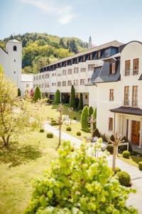 Kloster St. Josef - Lengenfeld