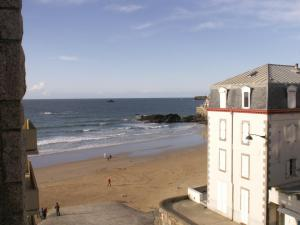Alpha Ocean, Hotels  Saint-Malo - big - 17