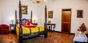 Double Room with Private Bathroom Hotel Casa Antigua by AHS