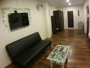 Malaya Guest House, Alloggi in famiglia  Budai - big - 48