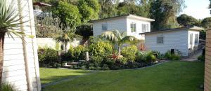 Oneroa Secret Garden Apartments, Apartmanok  Oneroa - big - 30