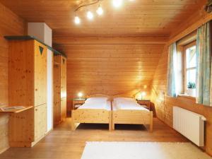 Haus Helene im Öko-Feriendorf, Holiday homes  Schlierbach - big - 25