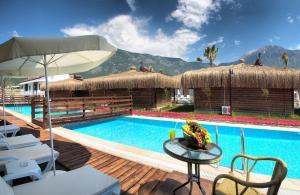 Курортный отель Sahra Su Holiday Village, Олюдениз