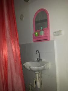 Elnaweras Guesthouse, Pensionen  Sidi Ferruch - big - 43