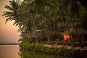 Krishna Paradise Beach Resort, Campeggi di lusso  Cola - big - 72