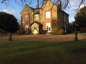 Taylard House, Bed and Breakfasts  Gamlingay - big - 15