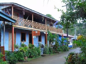 Nena Lodge Tours