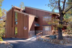 . Yosemite West Condos & Properties - 1BR/1BA