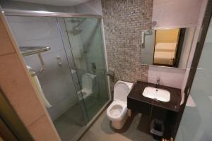 Pantai Regal Hotel, Hotely  Kuantan - big - 99
