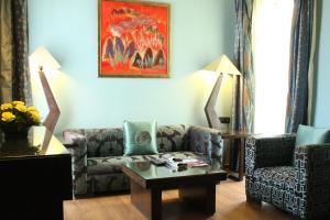 Justa MG Road Hotel, Szállodák  Bengaluru - big - 11
