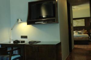 Justa MG Road Hotel, Szállodák  Bengaluru - big - 17