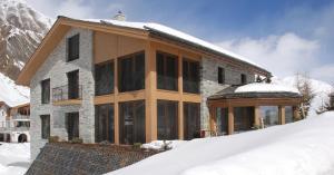 Grischuna Mountain Lodge, Замнаун