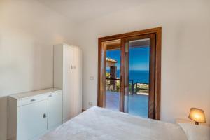 Rosa 4, Villas  Costa Paradiso - big - 18