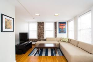112 Myrtle St #9 by Lyon Apartments, Apartments  Boston - big - 29