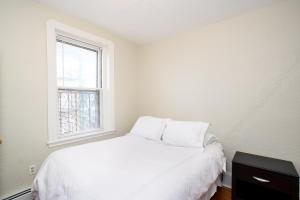 112 Myrtle St #9 by Lyon Apartments, Apartments  Boston - big - 45