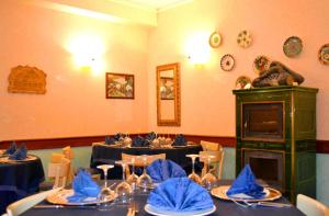 Hotel Victoria, Отели  Ривизондоли - big - 23
