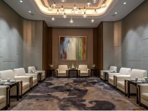 Hilton Jinan South Hotel & Residences, Hotely  Ťi-nan - big - 81