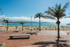 Aguas Verdes en la playa, Las Palmas de Gran Canaria  - Gran Canaria