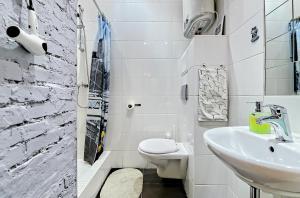 New York Studio Apartment , Апартаменты  Санкт-Петербург - big - 18