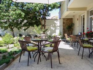 Family Hotel Asai, Hotels  Ravda - big - 41