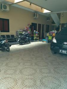 Naga Homestay, Проживание в семье  Kudus - big - 7