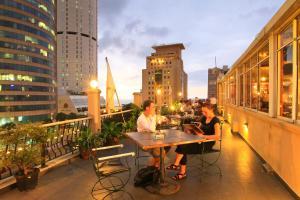 Yoho Colombo City Hotels