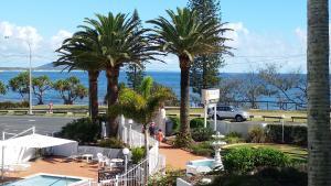 Alex Headland Beachfront