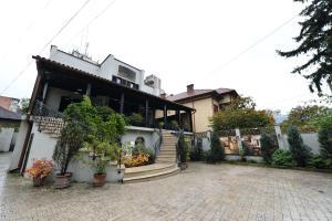 Pensiunea Antique, Penzióny  Târgu Jiu - big - 18