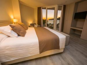 Hotel Helios - Almuñecar, Отели  Альмуньекар - big - 42