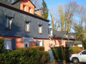 Les Coquillettes, Bed & Breakfasts  Honfleur - big - 1