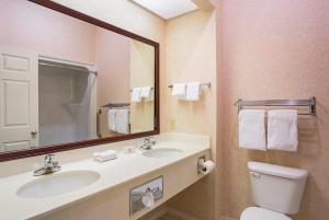 FairBridge Inn Express Whitley City, Отели  Whitley City - big - 1