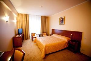 Hotel Maxim, Отели  Орадя - big - 43