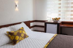 Hotel Cortez, Отели  Санта-Крус-де-ла-Сьерра - big - 3