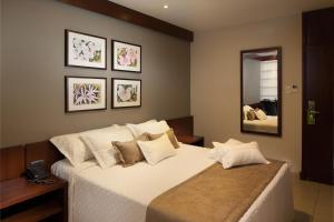Hotel Cortez, Отели  Санта-Крус-де-ла-Сьерра - big - 14
